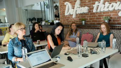 """Parenting Ads a dat startul workshopurilor dedicate """"creatorilor"""" de conţinut – PADS MasterClasses"""