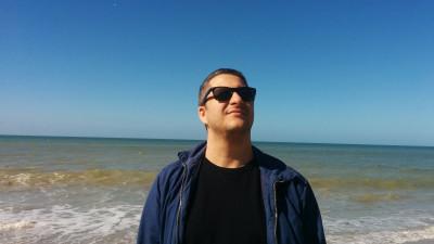 [Complexele publicitarilor] Alex Negoescu: Nu stiu sa pierd. Ma astept, fara motiv, la ce e mai rau. Ma cred mai destept decat sunt