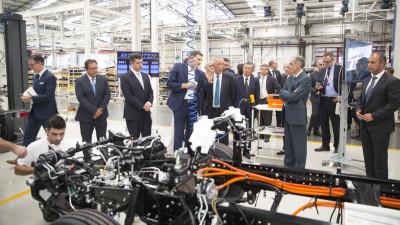 Daimler demarează producția FUSO eCanter - primul autocamion ușor complet electric produs în serie mică, în Europa