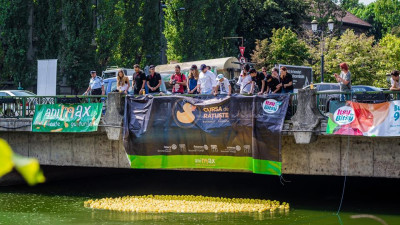 """Toamna aceasta, cluburile Rotaract din Bucuresti organizeaza cea mai amuzanta cursa a anului, cu ratuste si artisti – Cursa de Ratuste """"Rotaract"""" pe Dambovita"""