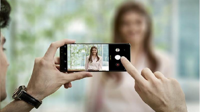 Samsung prezintă noul phablet Galaxy Note8