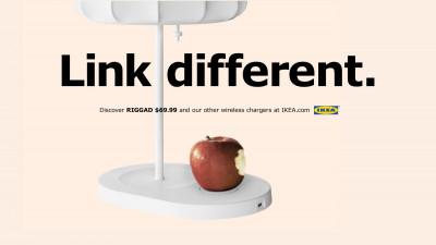 Ikea ironizează noul iPhone
