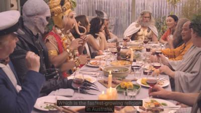 Ce se intampla cand pui toti zeii si profetii la masa si le dai si simtul umorului