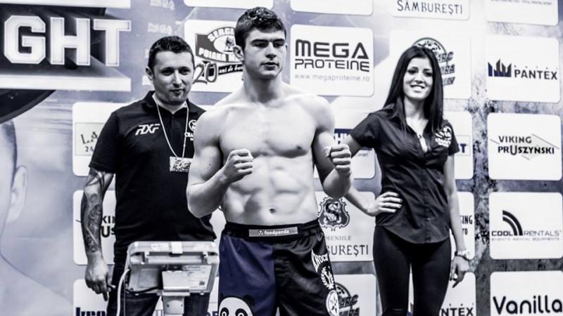 [Tineri campioni] Dinu Bucalet stie Jiu Jitsu, MMA si trucuri cu carti
