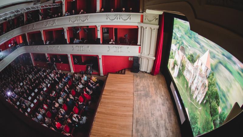 Premiera mondială a filmului Phoenixxx, evenimente cinematografice de top și întâlniri cu mari cineaști la AFF