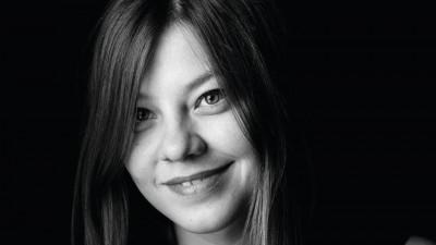 Rămâi MUT! VEZI cum s-a DEZLĂNȚUIT Alina Vârlănuță asupra unui copy de la HEADVERTISING
