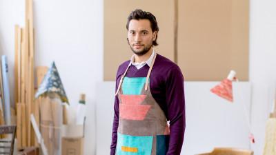 """Designer roman premiat de Manolo Blahnik, cu brand propriu de incaltamine. Traseul lui Alexandru Adam pana la """"Metis"""""""