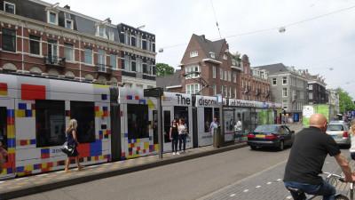 Până și muzeele ies pe stradă