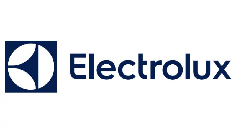 Electrolux produce in Romania primul aragaz din lume care are functie de gatit la abur