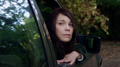 """""""Reparându-i pe cei vii"""" – un film palpitant despre fragilitatea teribilă a vieții"""