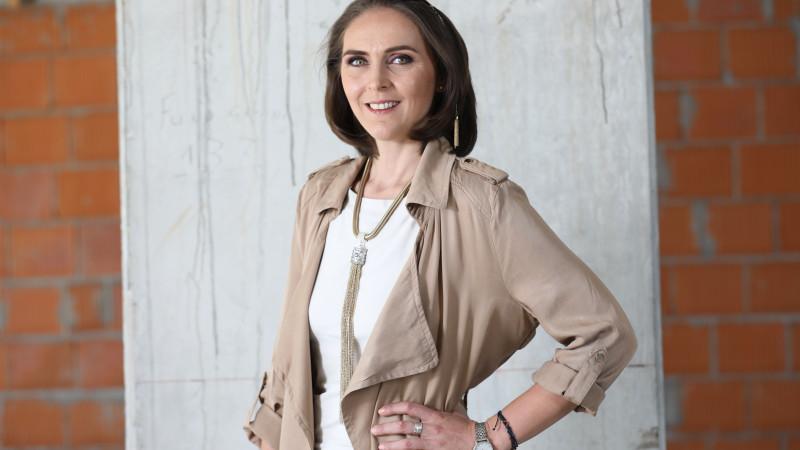 """Adela Pârvu: """"Am observat că românii sunt foarte atașați de casa lor, o tratează ca pe o extensie a ființei lor"""""""
