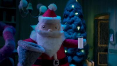 Laptele, Canada și Moș Crăciun