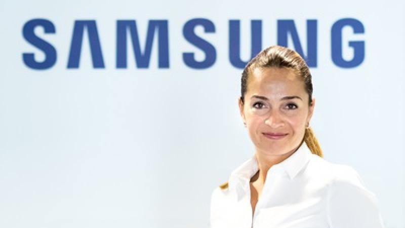 Simona Panait (Samsung România): Consumatorului, copleșit de caracteristici tehnice, detalii legate de design și alte specificații, îi este uneori greu să știe ce își dorește cu adevărat