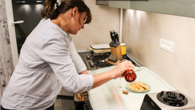 [Gustul pasiunii] Carmen Paraschivescu (Garda Culinară): În aprecierile lor, cititorii mei fac referire la stilul meu de a scrie mai mult decât la rețetele postate
