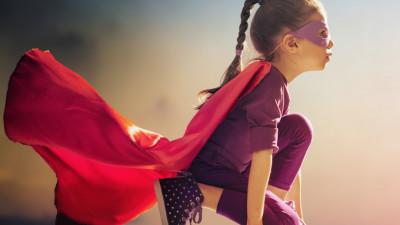 Povestea celor 80 de SuperEroi si SuperLeapsa caritabila