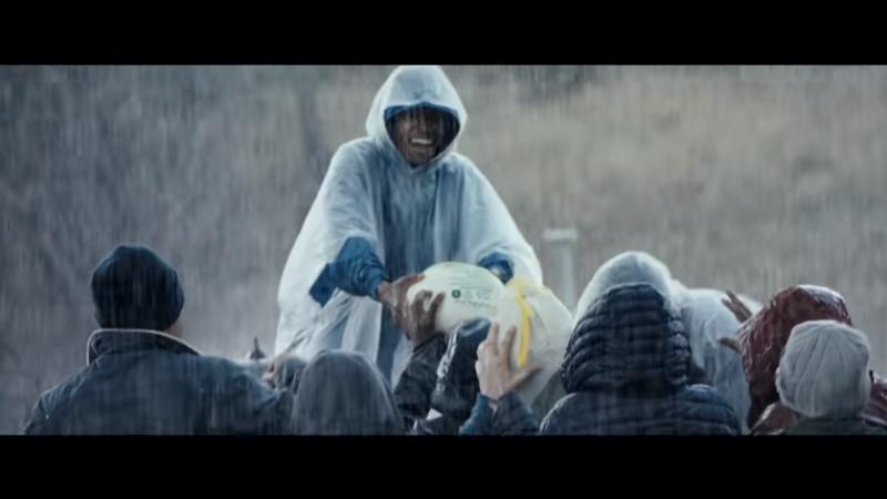Spotul Chrysler pentru Super Bowl, atacat pe internet