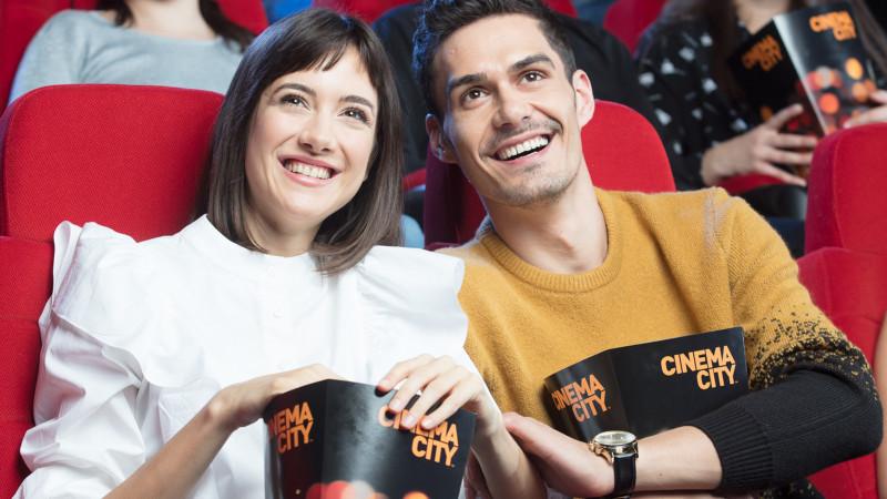 Dragostea pentru filme se consumă doar la cinema. Mic ghid pentru o întâlnire de succes