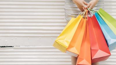 Visual image recognition sau despre Shazam-ul modei. Cum aduci ținuta admirată la un trecător, pe stradă, direct în telefon și vezi și cât costă