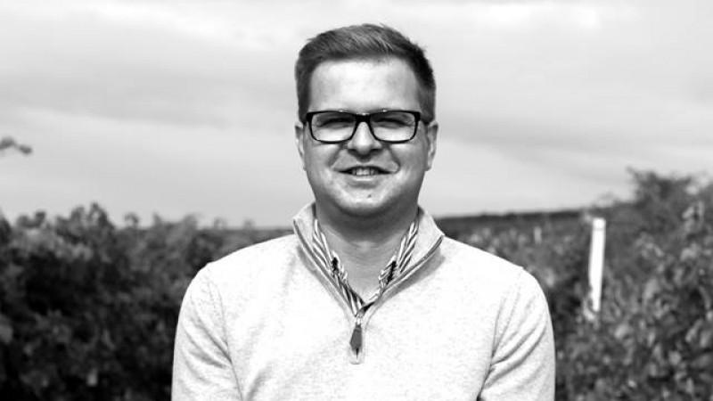 [Domeniile vinului] Stefan Matei (Casa de Vinuri Cotnari): Asistam la consolidarea unui trend la baza caruia se afla efortul producatorilor de vin locali de a educa publicul consumator
