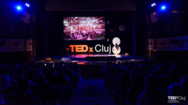 TEDxCluj 2018: Connecting the dots