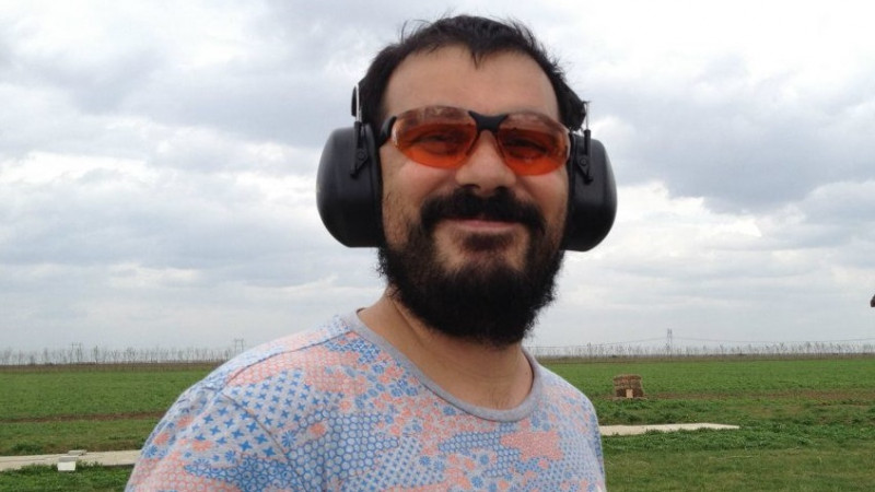 """[Politicienii virtuali] Radu Ghelmez: """"Tariceanu nu vorbeste cu noi, Ciolos scrie prost, discursul lui Orban are calitate"""""""