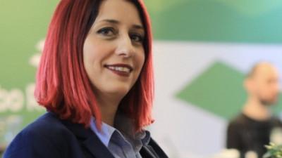 "[Flori, fete, feminism] Alina Stanciu: ""Atata timp cat noi, femeile, ne pozitionam pe o treapta inferioara fata de sexul opus, ne cream singure, mental aceasta bariera"""