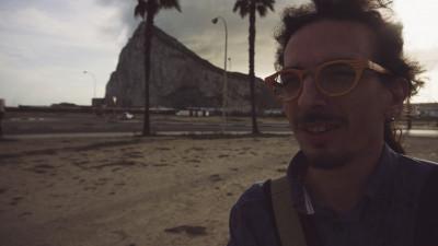 DIUD lansează PARALEL – emisiunea online de traveling cu Ariel Constantinof