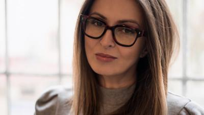 """[Flori, fete, feminism] Gabriela Lungu: """"In Romania #metoo a apus rapid. Aici, daca abuzul nu e grav, aproape de granita penalului, atunci nu prea se pune la socoteala"""""""
