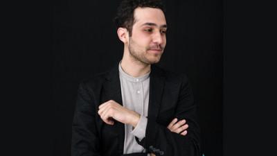 Marks lansează seria de emisiuni 'Inspiring Stories' pentru PIATRAONLINE