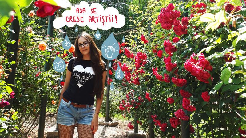 [Tricou de designer] Glumitele si tricourile sunt un combo perfect pentru Maria Diaconu