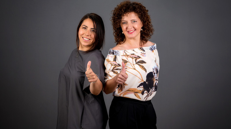 """[Flori, fete, feminism] Raluca Mihalachioiu si Simona Dan: """"In Romania, brandurile sunt in continuare prudente si construiesc campanii pro femei pe elementele pozitive, calde si noncombative ale subiectului"""""""