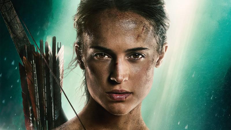 """Invitații la avanpremiera """"Tomb Raider. Începutul"""" au făcut cunoștință cu neînfricata Lara Croft"""