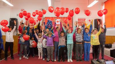 România merită zâmbete Colgate. Consultații stomatologice gratuite oferite de Colgate și Crucea Roșie în 5 județe din România