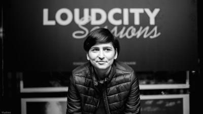 Jazz pe radio, jazz în offline. Mădălina Ștefu, despre Loudcity.fm și munca în muzică