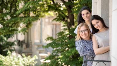 Noua colecție Stefanel, lansată în stil italian la București, de la balconul romantic din Piața Romană