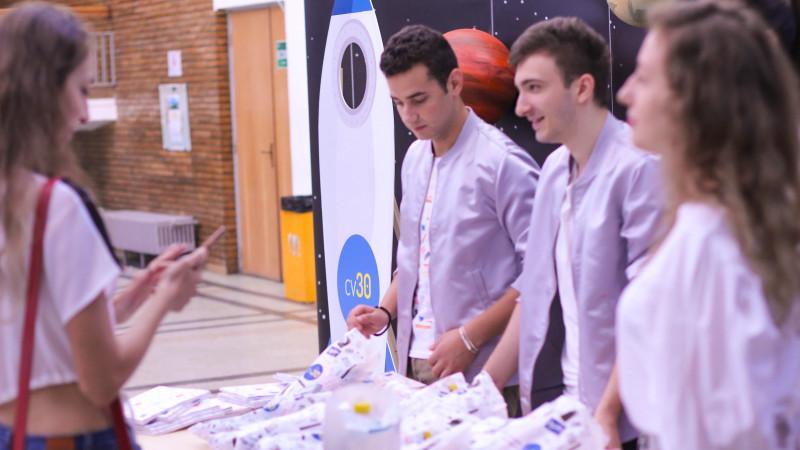 Noua ediție Students' Kit este un must-have pentru brandurile și angajatorii care vor să atragă market share din targetul 18-26 ani