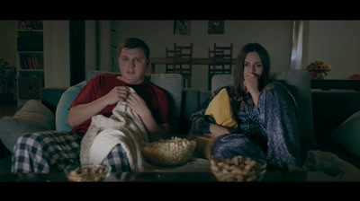 FAN Courier: CurierulMeuECool.ro - Episodul 3: Filmul horror