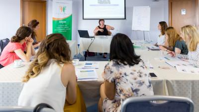 International School of Communication își extinde numărul de cursuri organizate în România prin partenerul local Creative Business Management