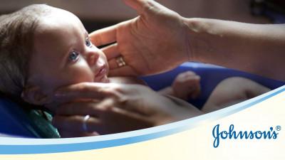 JOHNSON'S® Baby și Golin îndrumă părinții începători, prin realizarea unui ebook despre îngrijirea copiilor