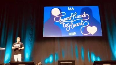 Felix Tătaru, pe scena Cannes Lions: creativitatea are puterea de a schimba lumea, IAA oferă instrumente pentru a reduce tirania mediocrității