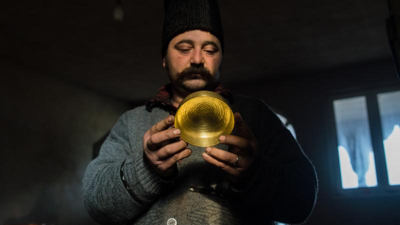 Buticul cu mestesugareli moderne facute din traditii rome