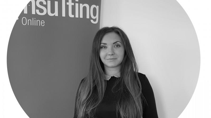 Alexandra Cerbu, specialist în marketing online, despre cei 7 pași pentru crearea unei strategii de Social Media eficientă