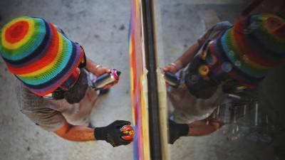 """Arta de stradă strigă """"trezirea"""". Kero Zen: Să rezistăm nu este suficient, trebuie să ne eliberăm de toată letargia mentală și socială"""