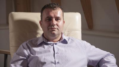 [Marketer Profile] 19 ani de marketing pe traseul vopsele-carburanti-mezeluri. Mihai Dinculescu