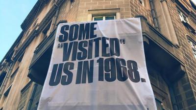 """Centrul Ceh câștigă lucrarea lunii în Top 3 ADC*RO - August prin campania Some """"visited"""" us in 1968"""