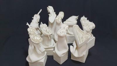 Trofeele Concursului Internațional George Enescu sunt lucrări de artă, unicat, semnate de artistul ceramist Daniela Făiniș