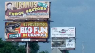 Uranus Examiner, un ziar curajos, profund si poporal