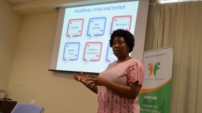5 principii cheie ale scrisului în era digitală oferite de expertul Desirée Banugo