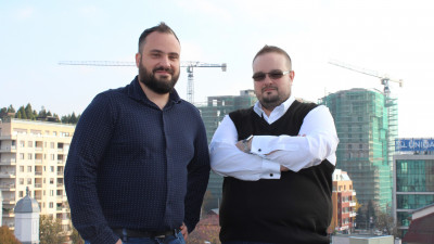Romanian Infinit Solutions Agency Brings Savvy High-Tech Skills, Training and Services to ICOM Network