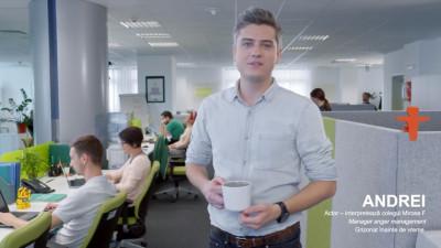 La Groupama Asigurări, angajații pot cânta la birou, pot împrumuta lapte din frigider, iar unii sunt morocănoși dimineața
